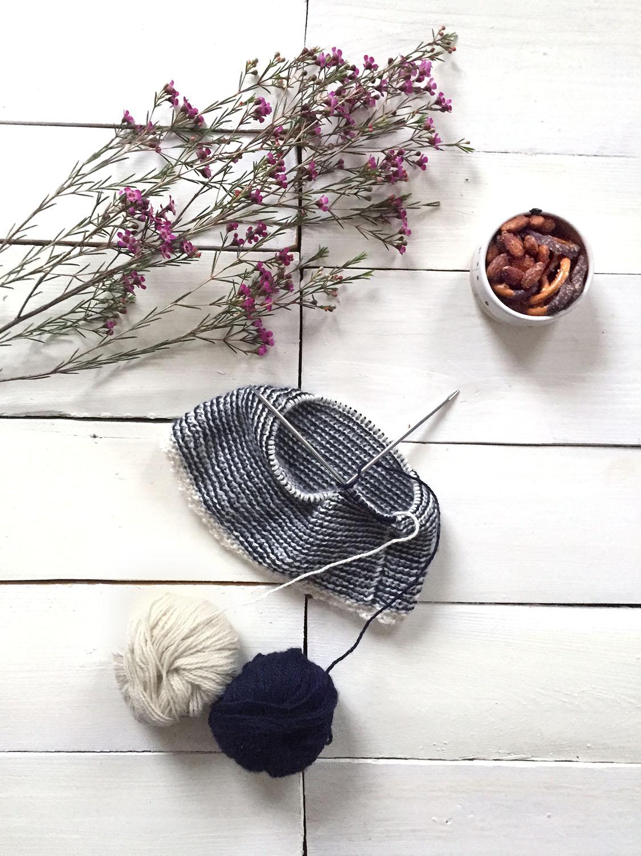 knitting a beanie Metterschling 2017